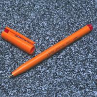 Pentel Ultra Fineliner Red Pen S570-B